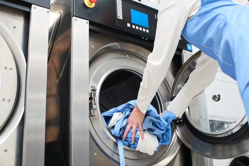 Hiring-Out-Laundry-Service
